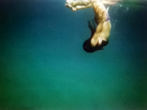hollly—wood:  me in maui, hawaii  underwater camera