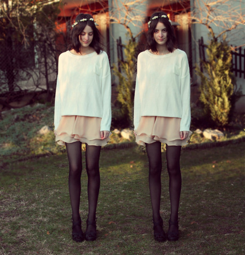 lookbookdotnu:  Fatiguée (by Nory Aradi)