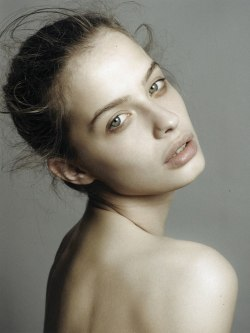 multicolors:  castingcalls:  Aira Janulyte @ IMG  so beautiful