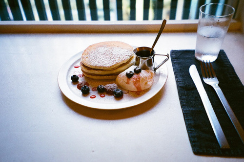 4dele:  untitled by bamsesayaka on Flickr.