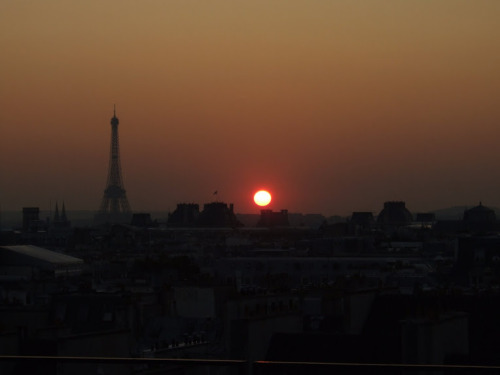 sunset in Paris other sunsets