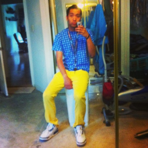Lol haven't word my yellow pants in forever. #wesc #stuaay #trueblue #jordan #wdywt
