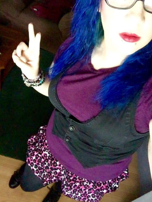me selfie awkward pose cute outfit skirts