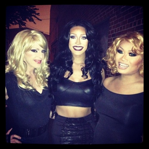 Together again! Love the gals! @jujubeeonline @tatiannagram ! We got ready next to each every day on RPDR! #pandoraboxx #jujubee #tatiana