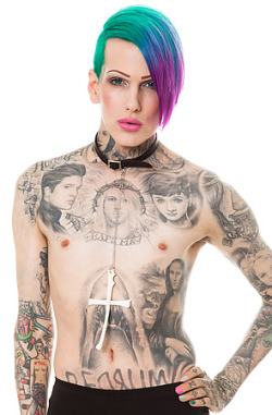 jeffreemania:  Jeffree modeling the OS Accessories Choker Worship In Bone.