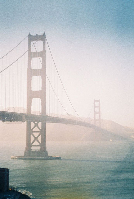 eliego:  Golden Gate bridge by groosha on Flickr.  My beautiful city.