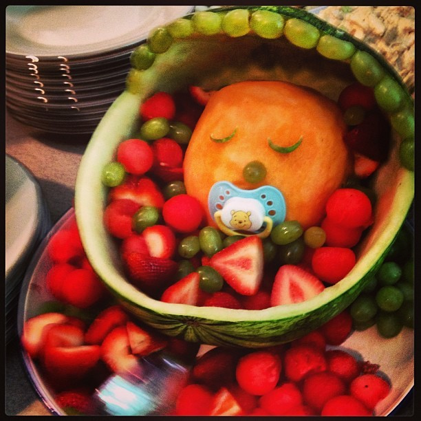#fruitbaby #fruit #yum #creative #maybealittlecreepy#babyshower