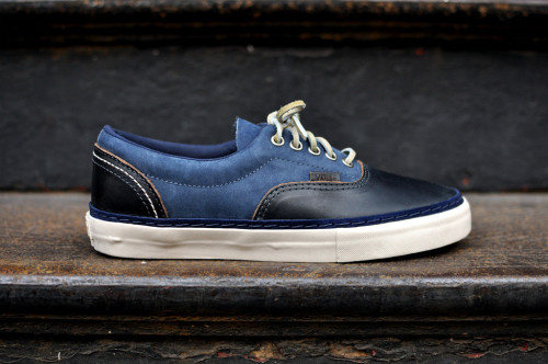 Horween x Vans Vault Era - Navy amazing black leather with blue suede uppers coming from the Horween Leather Company.  simple design with great materials, can't go wrong with these. click here for more pics