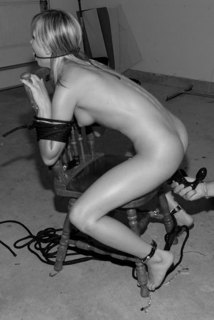 knottynotnice:  more garage fun