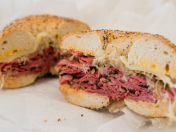 yummyinmytumbly:  Reuben Bagel at Murray's Bagels Chelsea