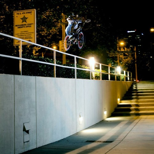 Subrosa pro rider Hoang Tran with a huge rail hop shot by Ryan Fudger. Two of my favorite people. @hoang69 @fyanrudger #subrosabrand