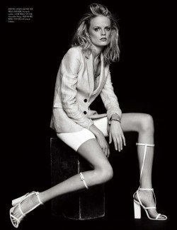 Elle Korea March 2013 Photography : Hong Jang HyunModel : Hanne Gaby Odiele