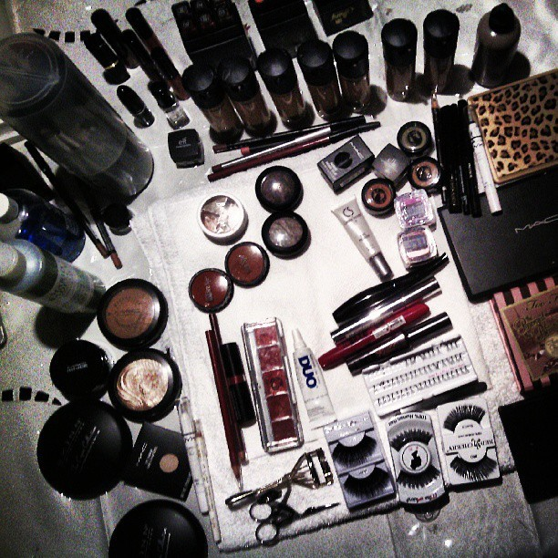 U r ur products. #jpmakeupart #mua #makeup #products #cosmetics #beauty #tools #makeupartists #brushes #lashes #mac #bennye #mascara #eyeliner #foundation #blush