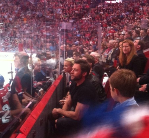 ninasoco4252:  OMG wolverine is @ bell centre here in Montreal!!!!!! fangirling really hard