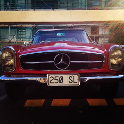 Oh you fancy huh 🚗 #benz #mercedes #vintage #fancy #cars #whip #webstagram #oldschool