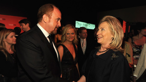 celebrities-talking:  Louis C.K., Hillary Clinton (and bonus Amy Poehler creeping in the back)