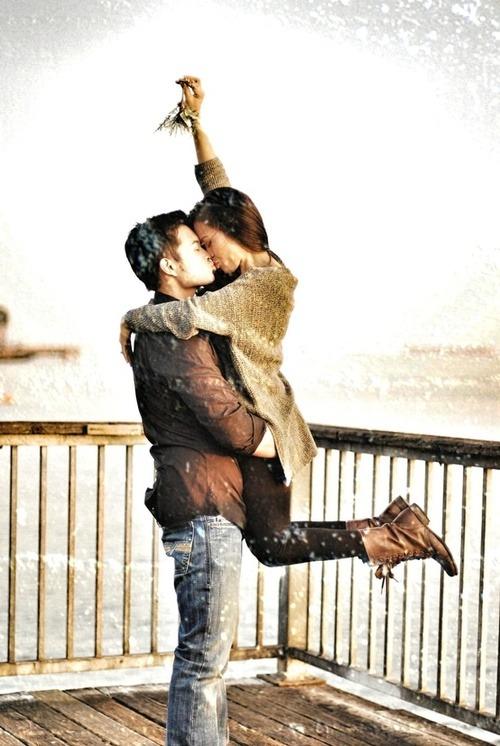 Resultado de imagen de kiss mistletoe tumblr