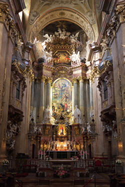 signorcasaubon:  High Altar of Saint Peter's church, in the Innere Stadt, Vienna, Austria. It is entrusted to the priests of the Opus Dei, and was one of Empress Elizabeth of Austria's favorite churches.