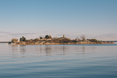 lizabethbennett:  Chimney Island - St. Lawrence River - May 2013