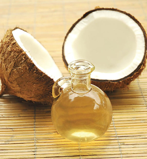 Arts writer Alyssa Demember explores the wonders of Coconut oil   http://bit.ly/YU2BYz