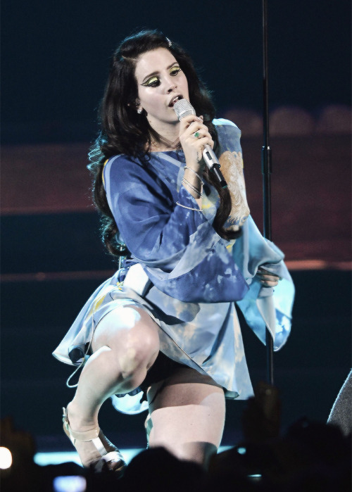 Lana Del Rey - Performance Live in Rome (May 6, 2013)