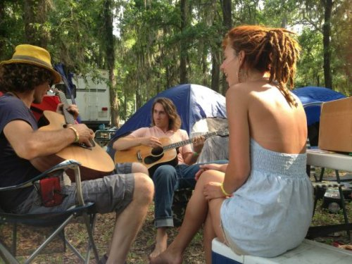 untoathousandpearls:  Jammin with the boys