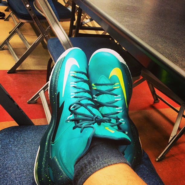 Kick game so Liu Kang. Respect the shooter. #maxxcalzz #itsfairplay #KDV #hulk #dopekicks #sneakerhead #something fresh. A