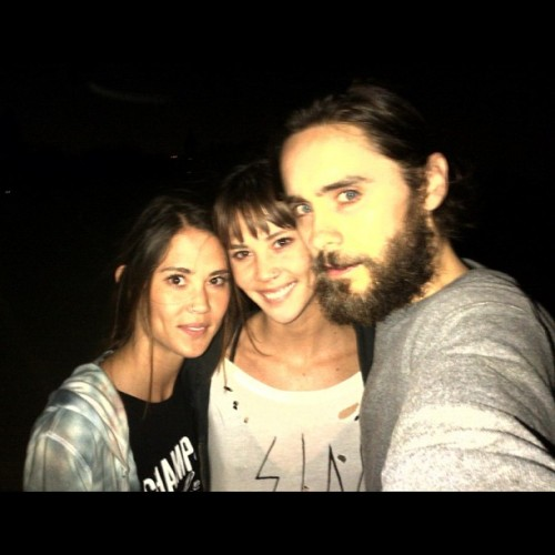 mandolinaes:  Jared Leto with friends by Lanni