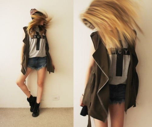 lookbookdotnu:  Wait in the fire, wait in the fire… (by Jacqueline Illoz)
