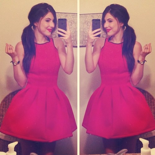@racheltalbott looks super cute in her cupcake fit-and-flare dress from dailylook.com! #dailylook #regram