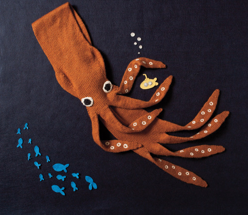 twotone:  Neck Kraken scarf pattern, by Annie Watts. From her Cryptozoology book of knitting patterns (available as individual patterns, e-book, and actual print book).