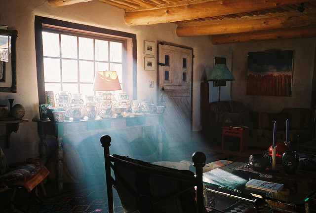 schzimmydearr:  pottery in the light i by LANE STEWART on Flickr. wow
