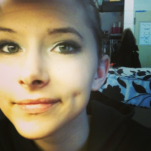 randomteenagethoughts:  #makeup #dimples #cute #fun #college #dorm