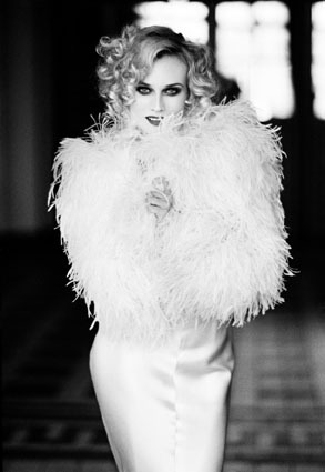 suicideblonde:  Diane Kruger photographed by Ellen von Unwerth