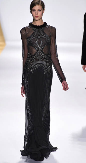 This needs to be on a red carpet #fashion #fall #JMendel