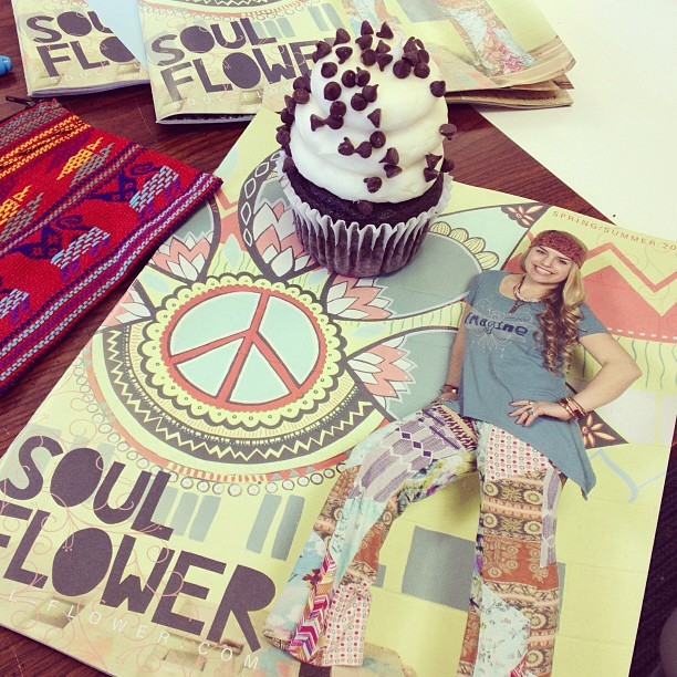 Yes!!! #cupcake #awesome #soulflower #springcatalog #organicfashion  (at Soul Flower)