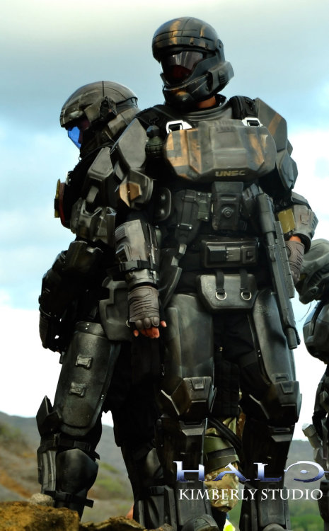 cosplay1:  Halo ODST Cosplay by *kimberlystudio Follow http://cosplay1.tumblr.com/ for the best cosplay pictures!   awesome work