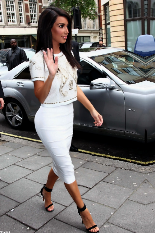 fashion-f-e-v-e-r:  Okay first and last time reblogging Kim, just because her outfit and hair