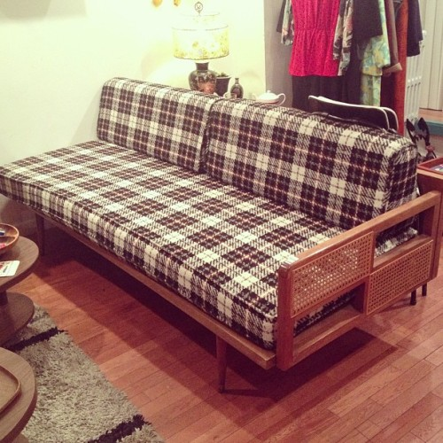 #midcentury #plaid #couch currently on hold $450 #mcm #vintage #design #daybed #livingroom (at Era Atomica)