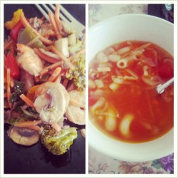 Chicken & Shrimp stir-fry and vegetable soup with sriracha ! #healthyeating #foodporn #eatfresh #eatfit #eatgood