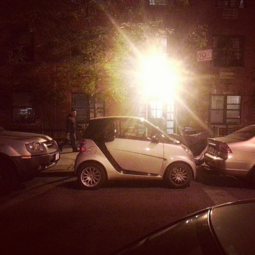 LMAO THE ONLY REASON TO OWN THIS CAR IN NYC!!!!! #Touche lol mega #tight #parkingspot