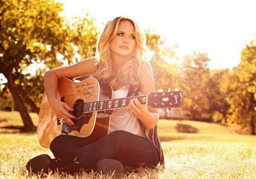 anotherairplaneanothersunnyplace:  Miranda Lambert ! January 17, 2013