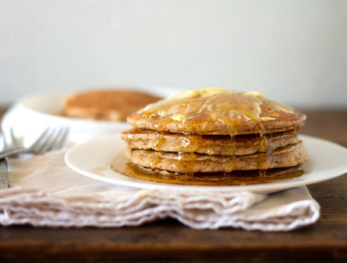 foodopia:  fluffy whole wheat pancakes: recipe here