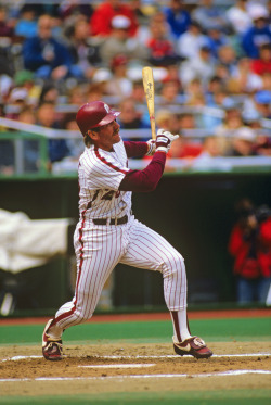 On this day in 1989, Phillies third baseman Michael Jack Schmidt hit his 548th and final home run of his Hall-of-Fame career against the Houston Astros. #ThrowbackThursday http://atmlb.com/yHdw9A