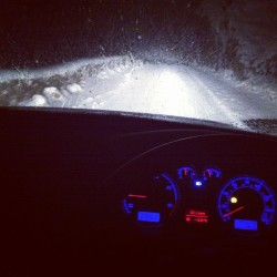 Pic from the other night #driving around in the #snow. #cold #snowing #vw #vwlove #4motion #passat #tractioncontrolturnedoff