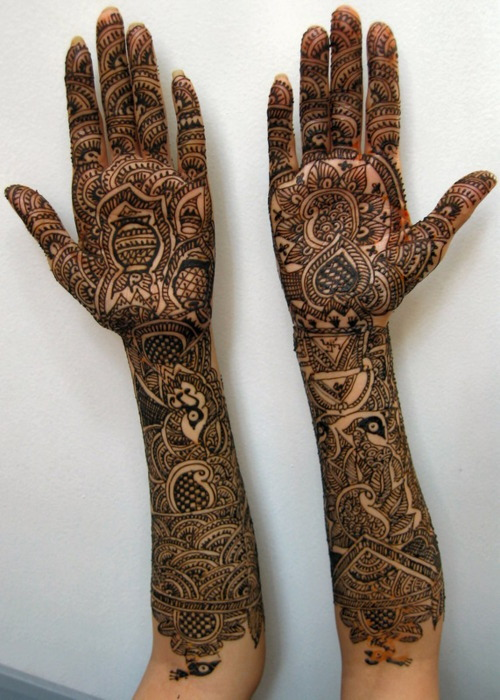 savarnas:  Inlove with henna.