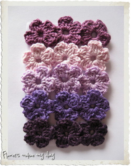 ingeborgvanzuiden:  crochet buttercup flowers on Flickr.