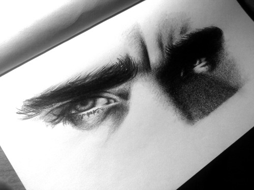sleeplessportfolio:  Thranduil's eyes:D I just loved his 'fuck off' look :D