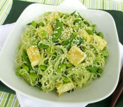 findvegan:  Green Vermicelli Noodles with Tofu