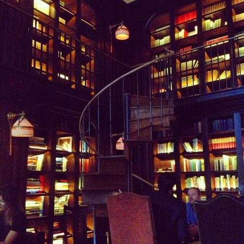 Never drinking anywhere else. #books #library #nomadhotel